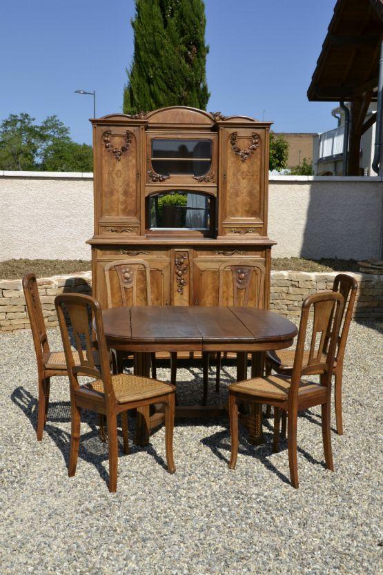 Гарнитур для столовой из ореха в стиле Ар-Нуво