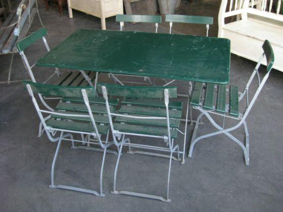 Набор садовой мебели: стол и 6 стульев
