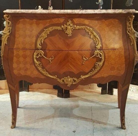 Комод в стиле Людовика XV
