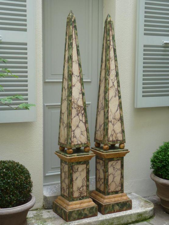 Два монументальных обелиска. Италия, XIX в.