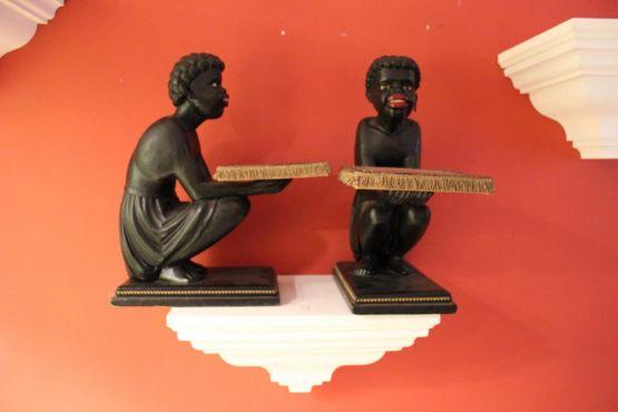 Две статуэтки нубийцев, XIX в.