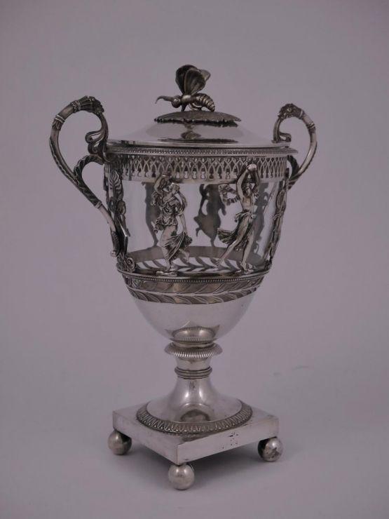 Серебряная вазочка  для сладостей в стиле ампир, X