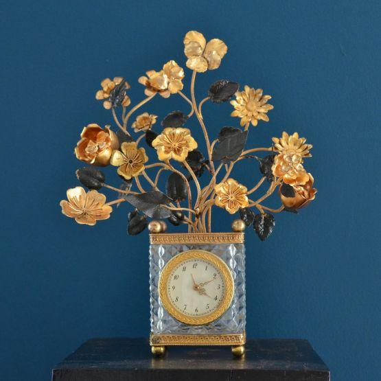 Часы из бронзы и хрусталя в стиле Карла X, XIX в.