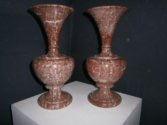 Две мраморные вазы, ХХ в.