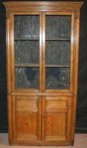 Узкий книжный шкаф,  1820 г