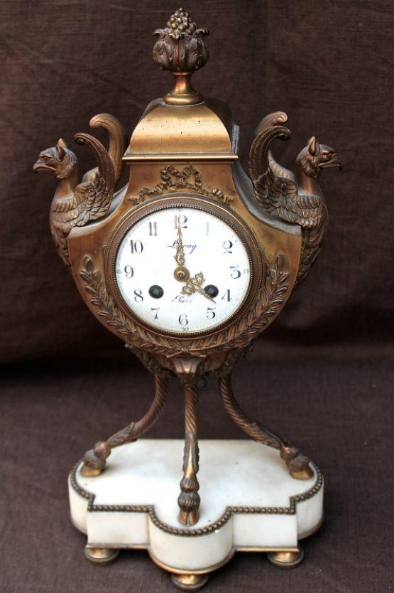 Часы в стиле Людовика XVI, XVIII в.