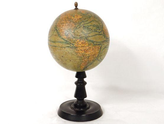 Старинный глобус, Иоганн Георг Форстер