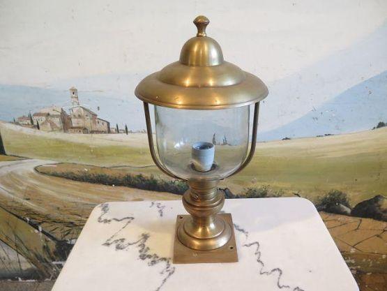 Садовый светильник из латуни