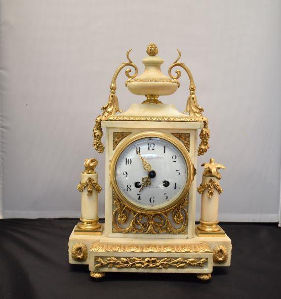 Бронзовые часы.  Raingo Frères, XIX в.