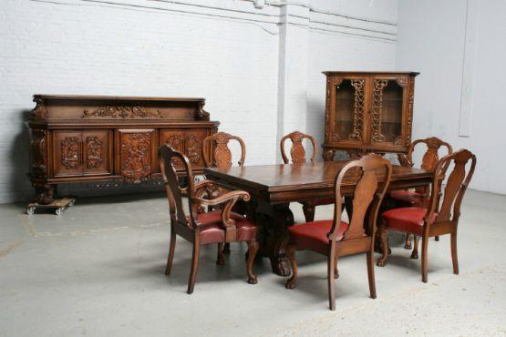 Гарнитур для столовой в испанском стиле